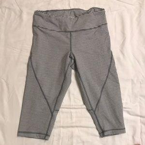 Never worn Zella yoga pants